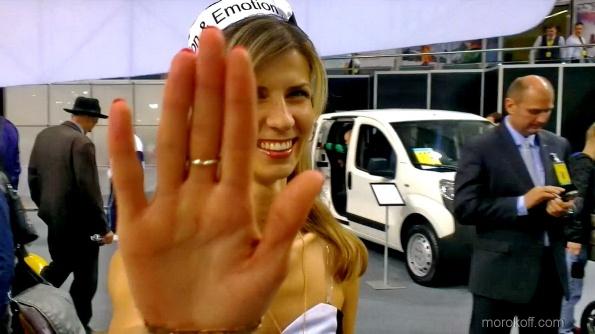 VIDEO0057.mp4_snapshot_00.13_[2013.10.21_19.36.55]
